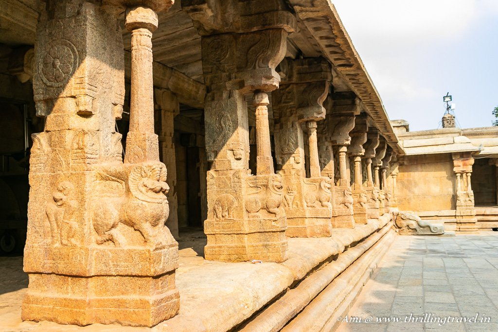 Pillars in the outer corridor of Lepakshi temple