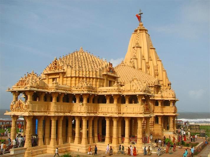 Somnath temple                                                     Image Credits: Anilhwara under Wikepedia Commons