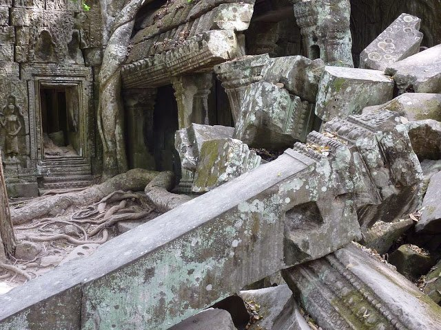 Ruins at Ta Prohm                                            Image Credits:By Anandajoti