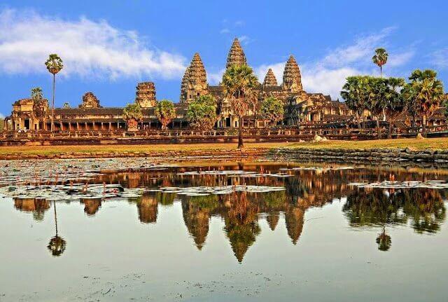 Angkor Wat             Image Credits: Dennis Jarvis
