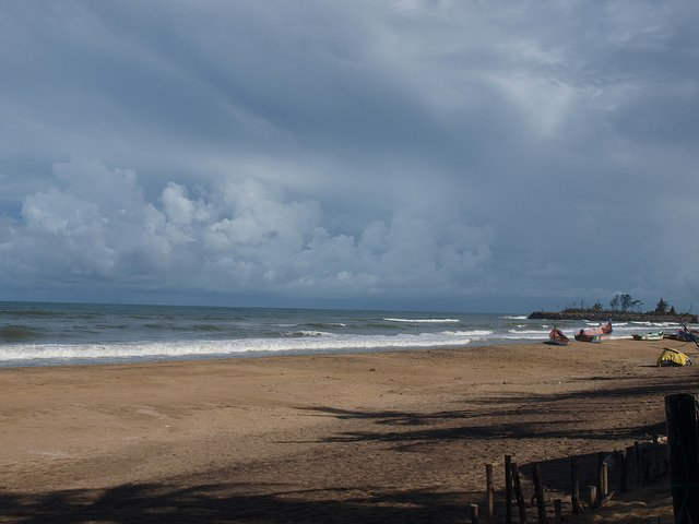 Mahabalipuram Beach                                   Image Credits: Nigel's Europe and Beyond under CC by SA 2.0