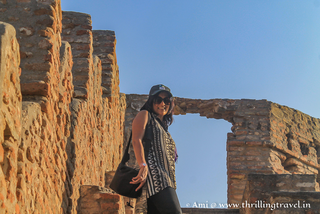 Exploring the little watch towers , Kumbhalgarh Fort