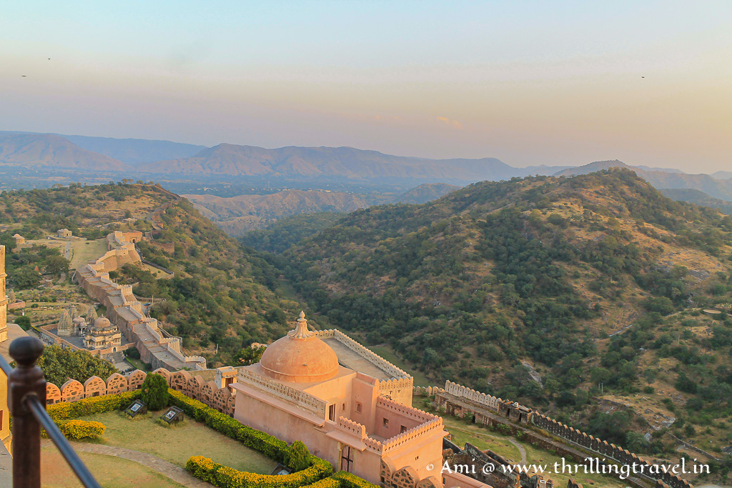 The view from Badal Mahal - one can see the endless wall of Kumbhalgarh fort