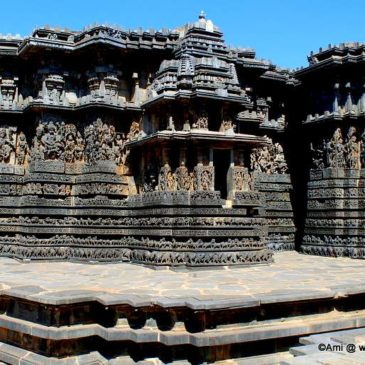Spotting Dashavataras at Hoysaleswara Temple, Halebid