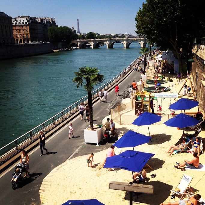 Beach on River Seine, Paris Image Credits: Mark Dyer via Flickr under CC by NC-ND 2.0