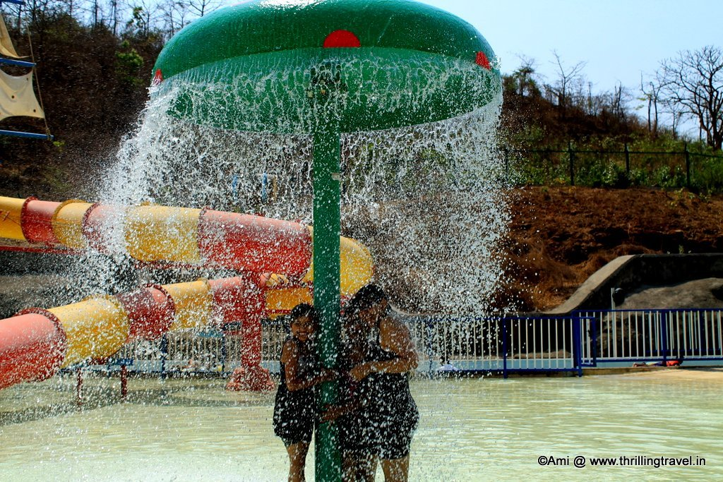Showers to start your day in the Pirate Bay at Adlabs Aquamagica