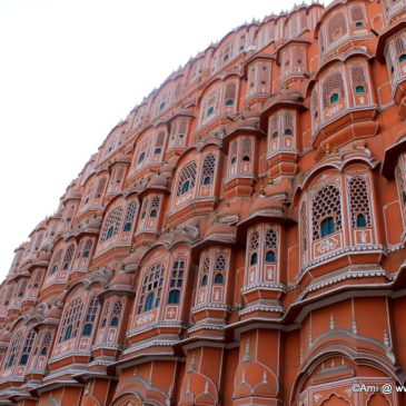Best areas to pick hotels in Jaipur