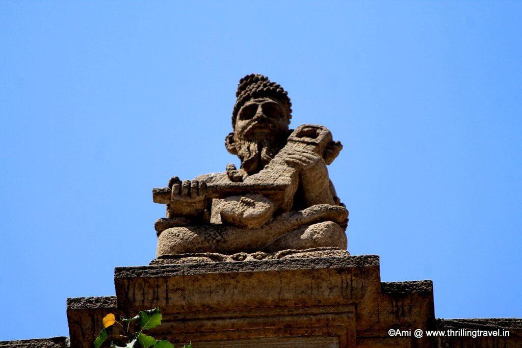 Idol atop Shinde Chhatri, Pune