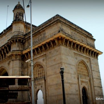 Mumbai through the Gateway of India