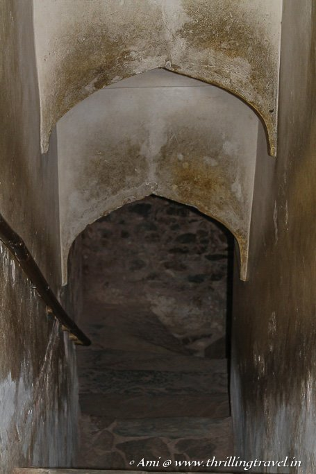 The tunnel that leads to Jaigarh fort