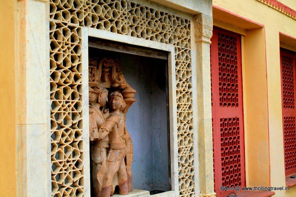Radha-Krishna statues within Sisodia Rani Bagh