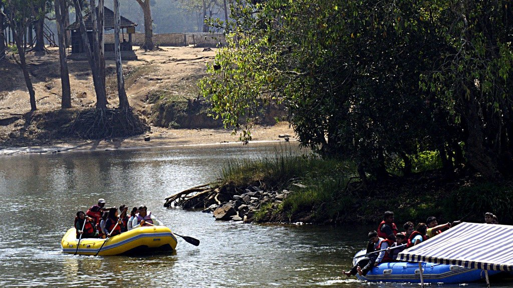 Dubare White water Rafting Image Credits: Shiraz Ritwik via Flickr, under CC by ND 2.0