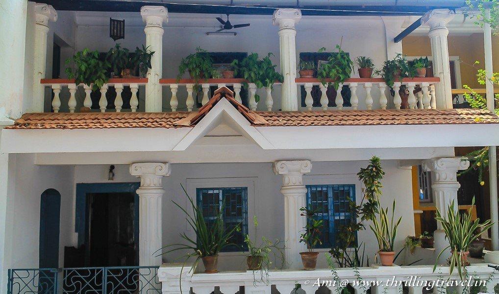The columns and verandahs of a Goan home