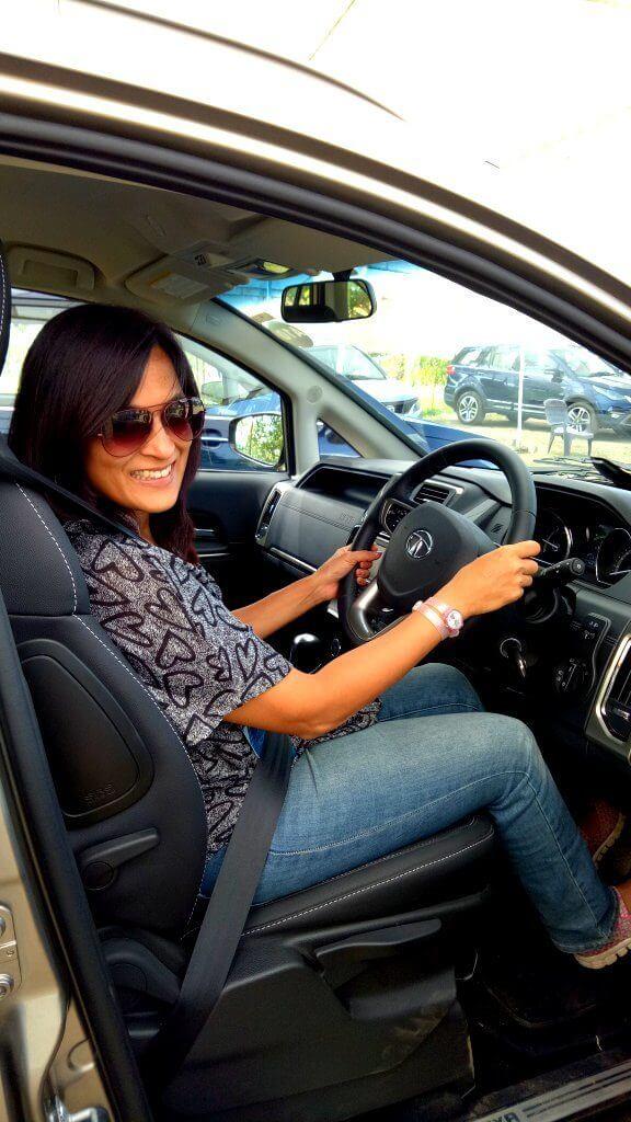 Driver Seat adjustments - Tata Hexa