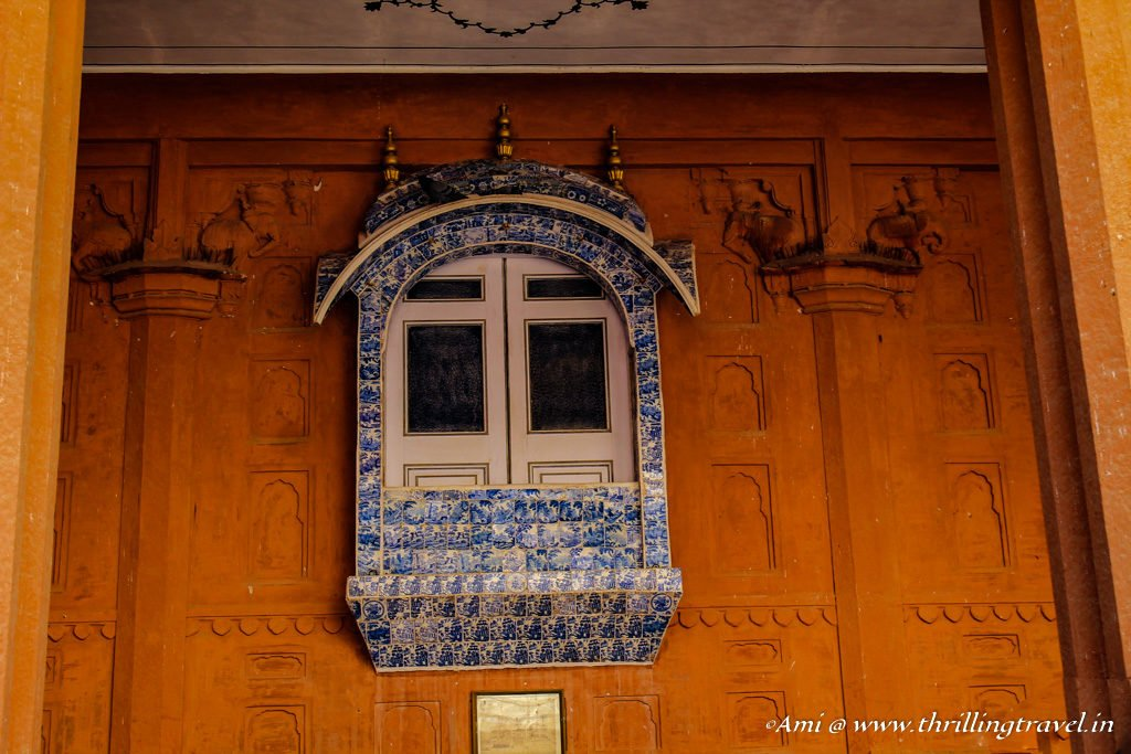 The blue tiled window - Tiles from Europe at Junagarh Fort