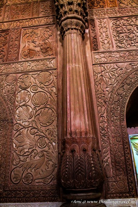 Close up of the walls of the durbar hall in Junagarh Fort Bikaner