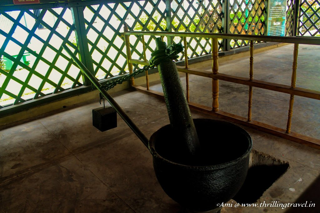 The pounding of seed for oil - one of the tasks that the prisoners were given