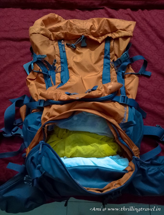 The adjustable partition at the bottom of the Wildcraft Rucksack - perfect to separate shoes or soiled clothes