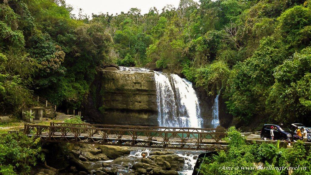 Waterfall along the way to Dawki