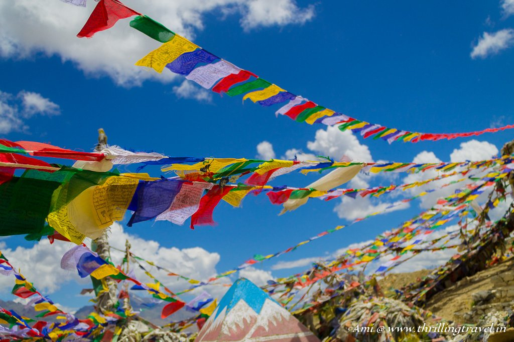 The positive vibes of Prayer Flags at Fotu La Pass