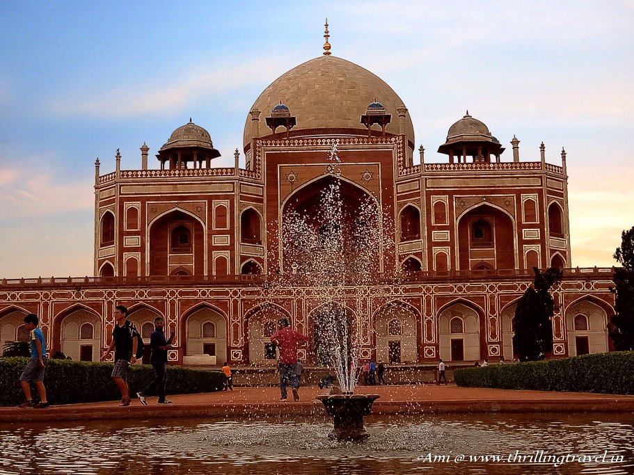 Humayun's tomb against the fountains of Char Bagh