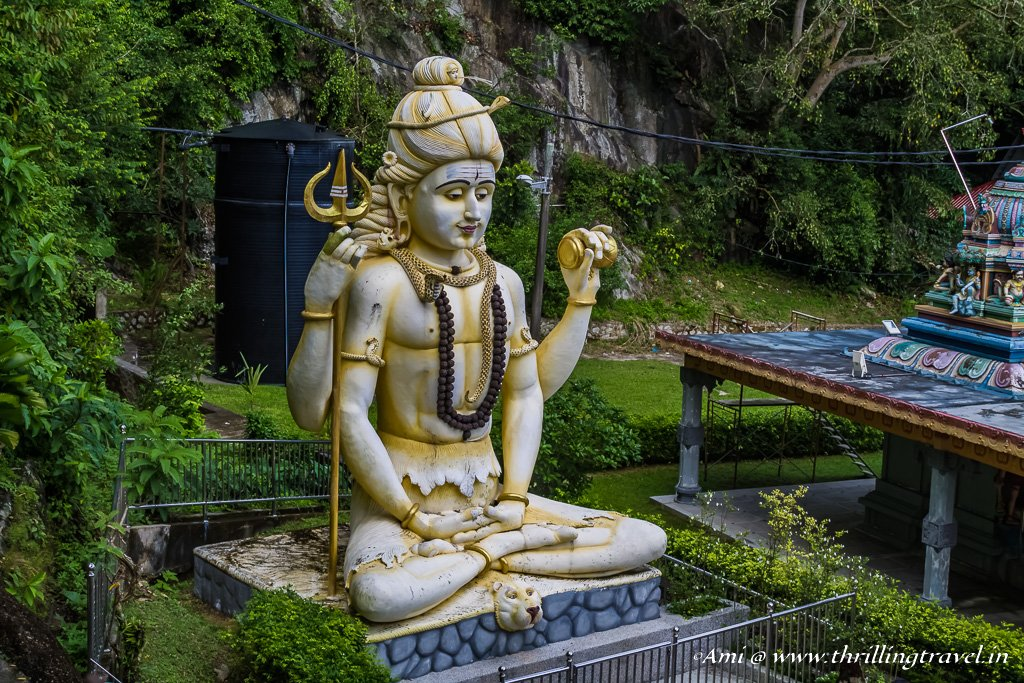 The large Shiva Statue at the base of the Waterfall temple, Penang