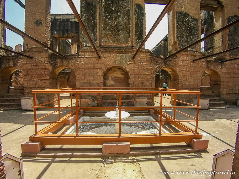 Fountain at the main entrance of the Banquet Hall of The Residency Lucknow