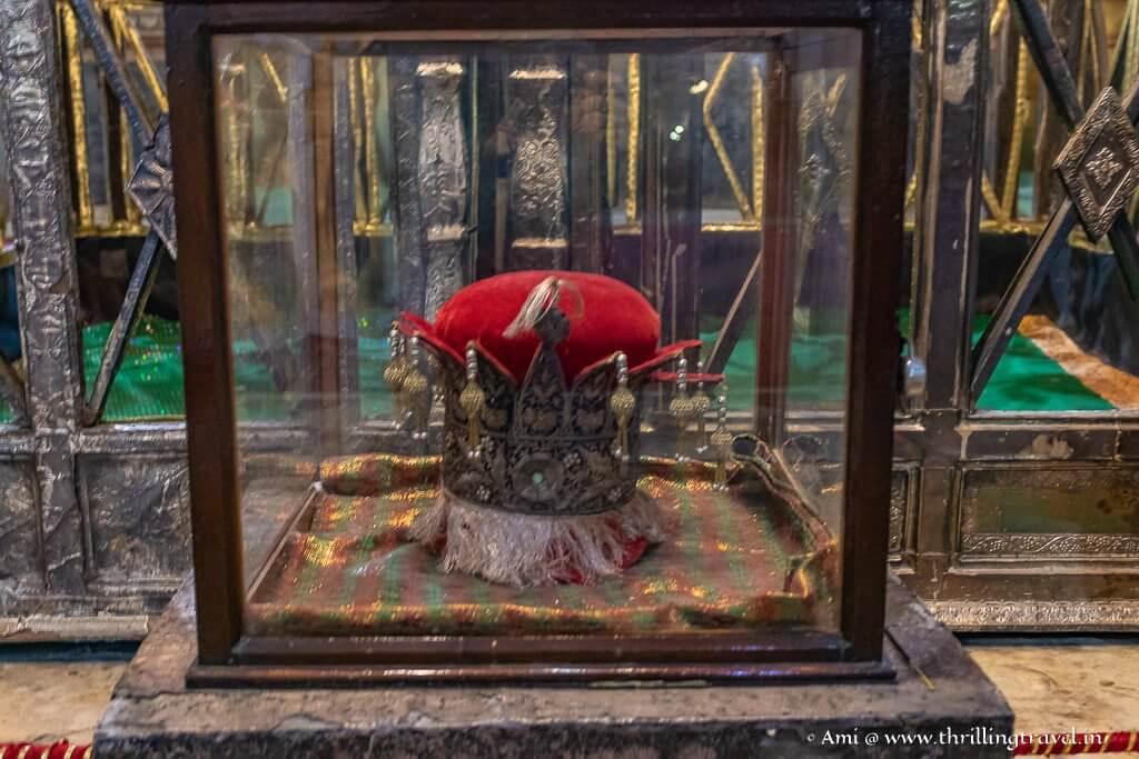 Crown of the Nawab in the Chota Imambara