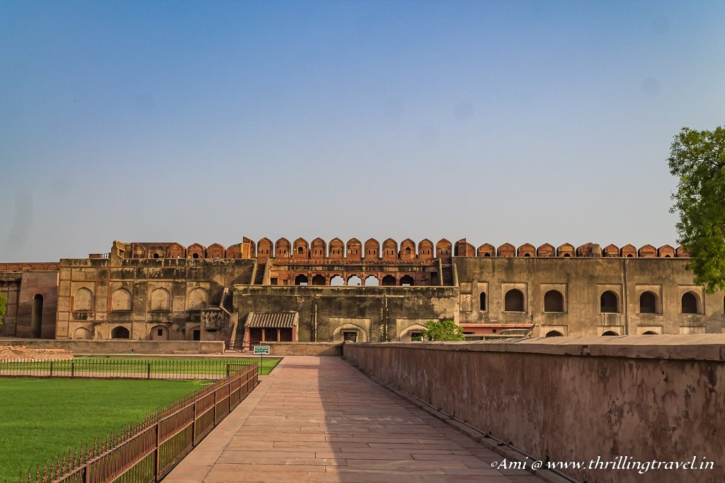Akbari Mahal in ruins at Agra Fort