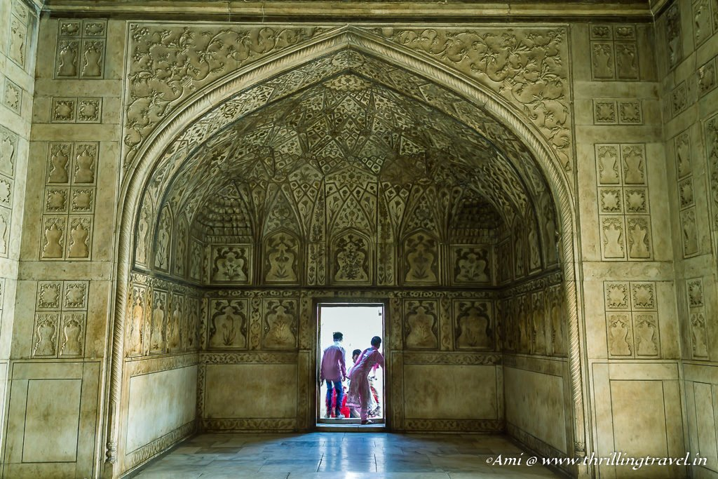 Outer most chamber with the carved alcoves in Khas Mahal, Agra Fort
