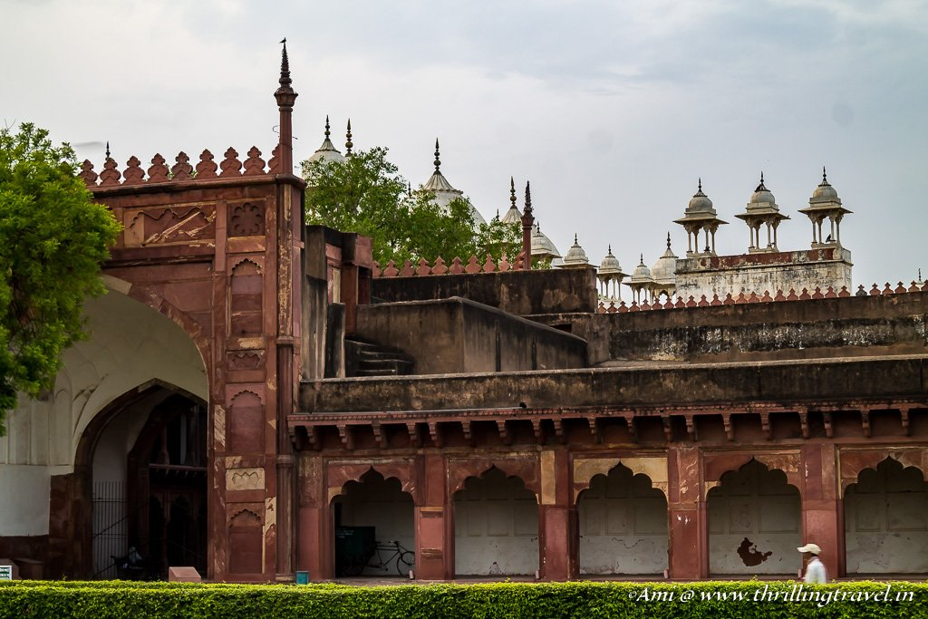 The combination of red and white at Agra Fort