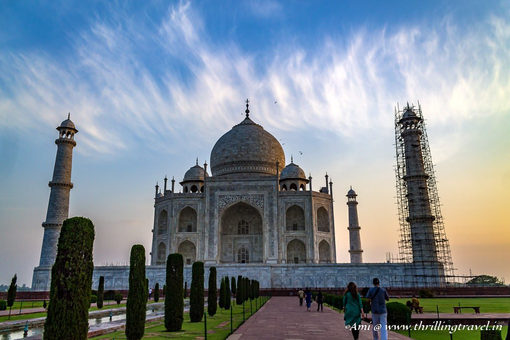 Getting past the crowd to capture the Taj Mahal at dawn