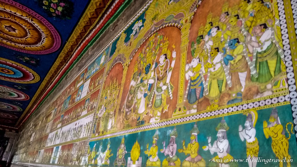 Wall paintings along Kilikoondu Mandapam of Meenakshi temple