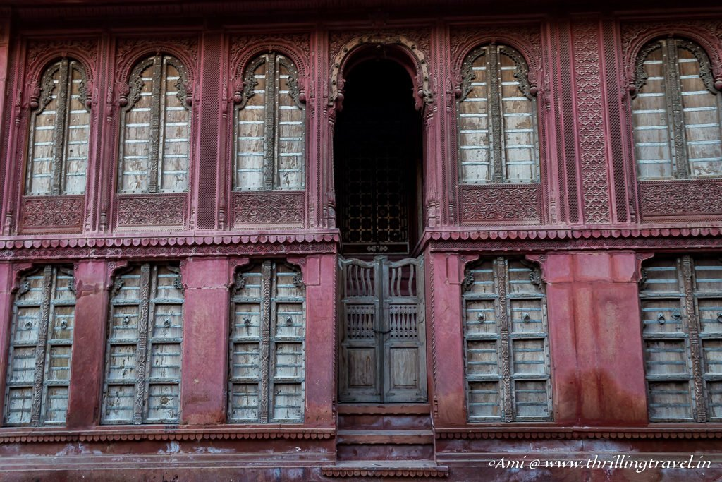 The main entrance of Rampuria Haveli, Bikaner