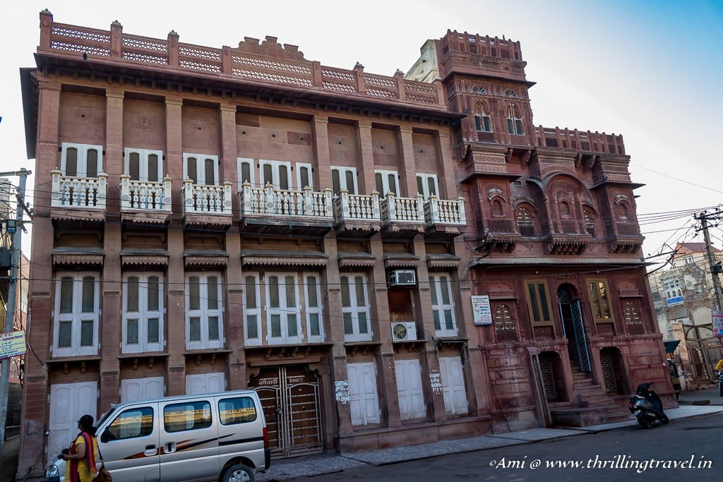 The European influence on Dadda Haveli