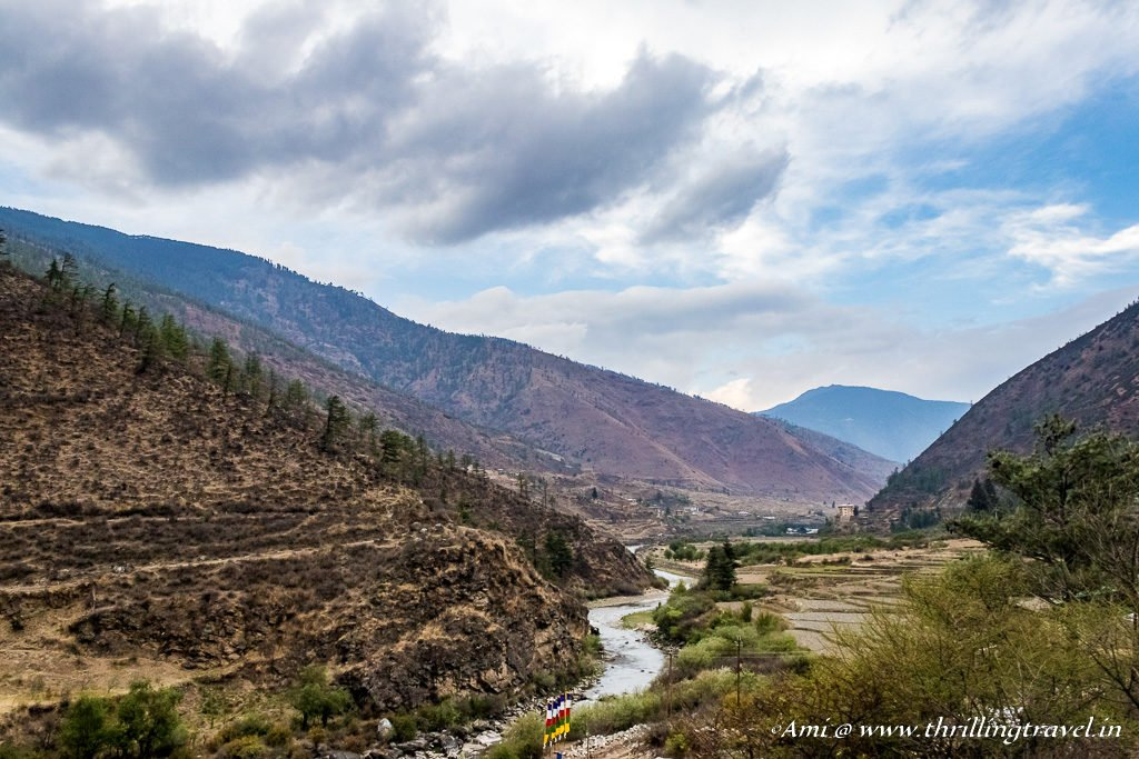 Bhutan Travel Guide to getting here by Road - View enroute to Thimphu from Phuentsholing