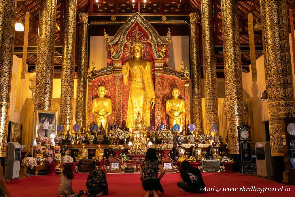 Phra Chao Attarot Inside Wat Chedi Luang