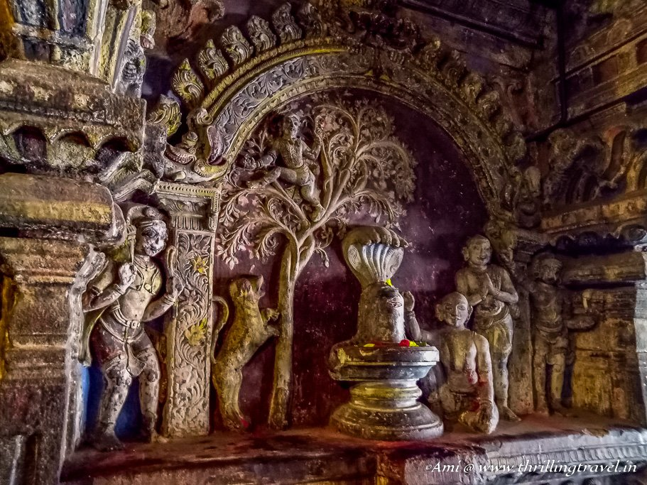 Carvings in Amman Shrine of Brihadeeswarar Temple