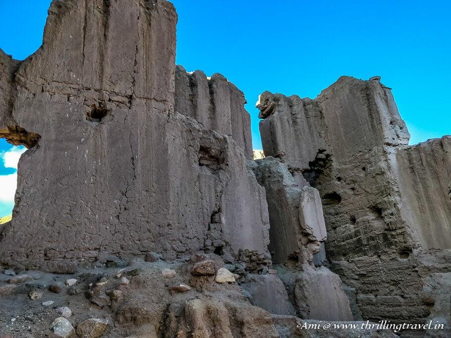 Crumbling walls of Basgo in Leh