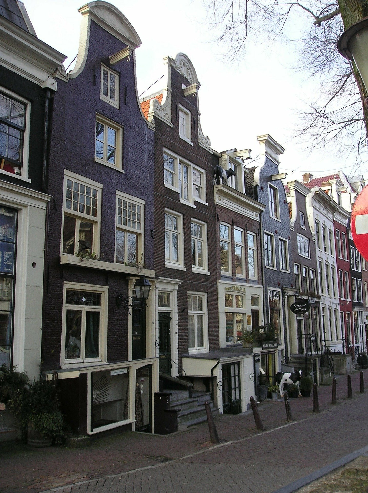 Anne Frank Haus_ -one of the Amsterdam Attractions