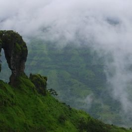 Places to visit in Mahabaleshwar - NeedlePoint or Elephant's head point