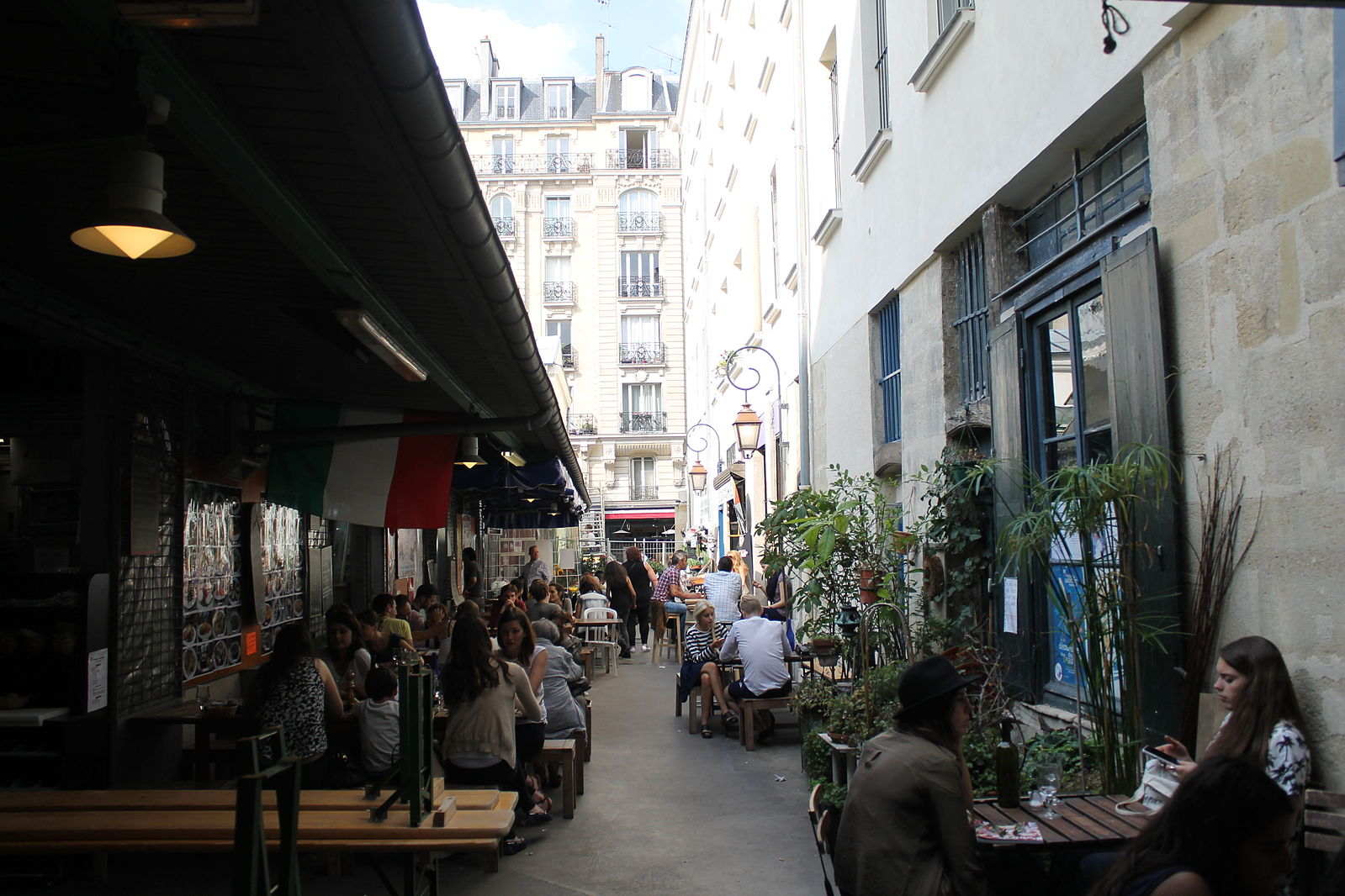Things to do in Paris - Visit Marché des Enfants Rouges