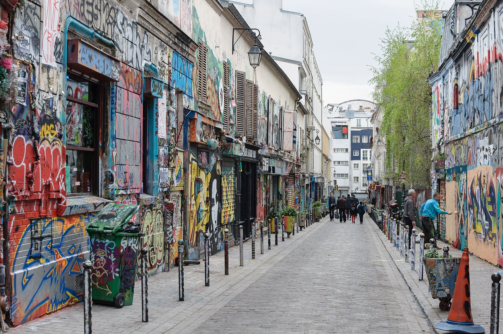 Paris sightseeing - Belleville Rue Denoyez