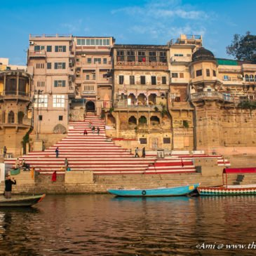 The Divine Beauty & Heritage Landmarks of Varanasi Ghats