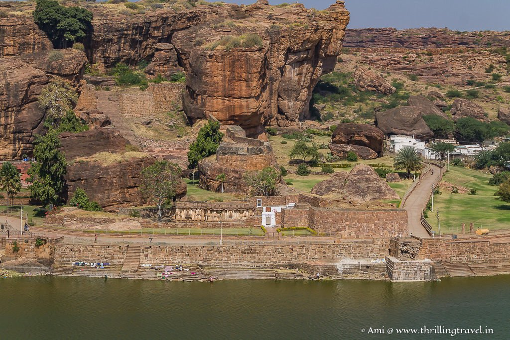 Can you spot the ruins of Badami Fort ?