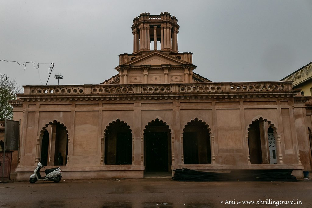 Farhat Bakhsh Kothi  - a Lucknow Tourist Attraction