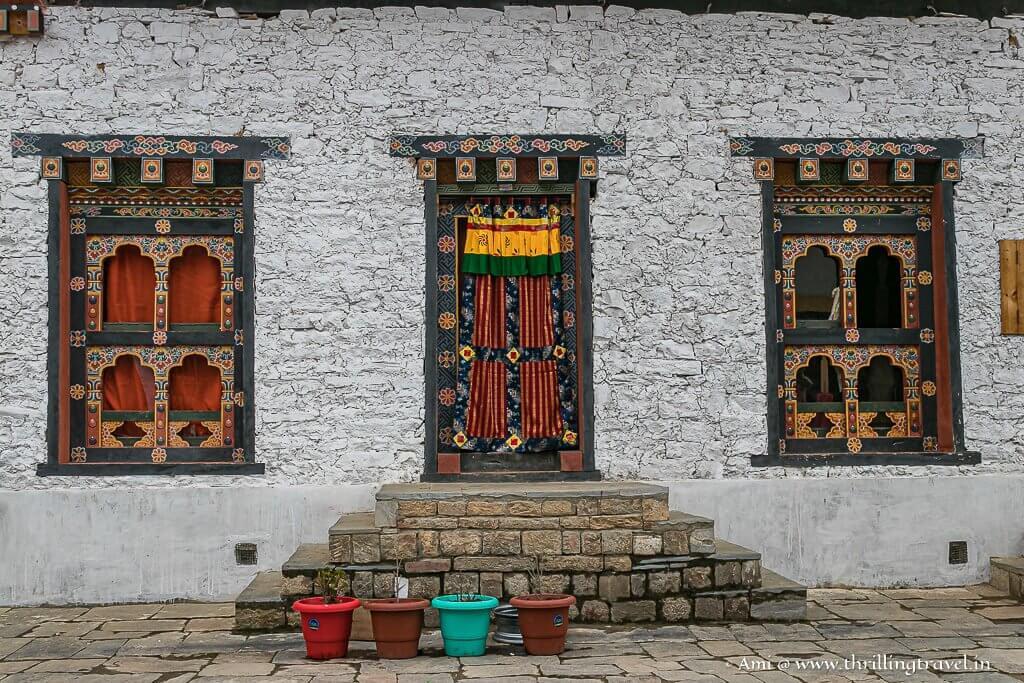 Doors & windows of Lhakhang Karpo