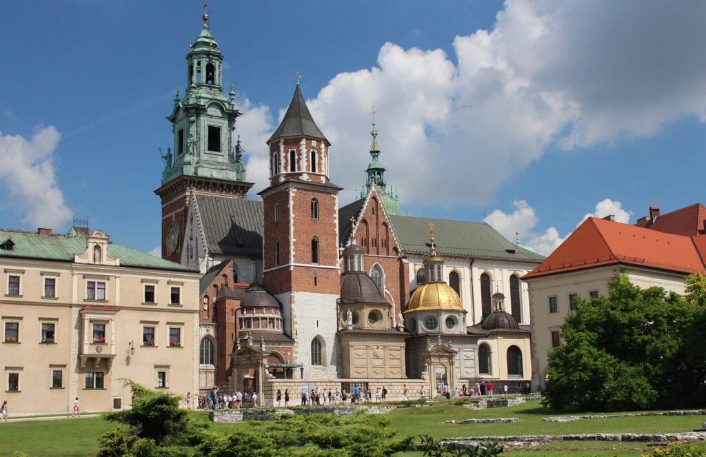 Things to do in Krakow - Visit Wawel Castle