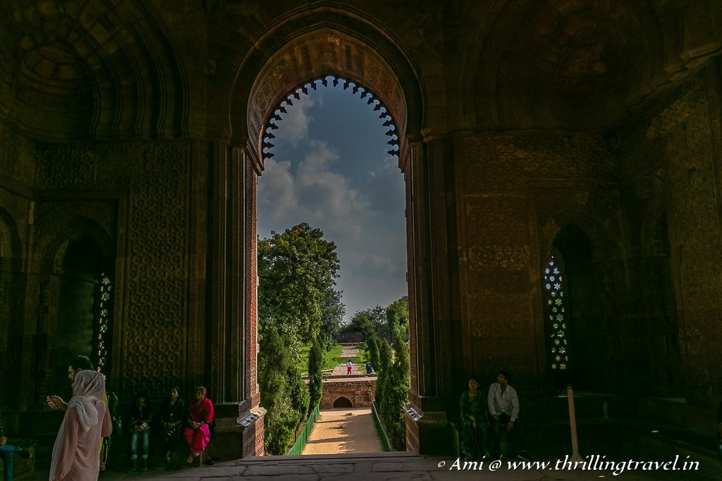 The play of light and shadow within the Alai Darwaza