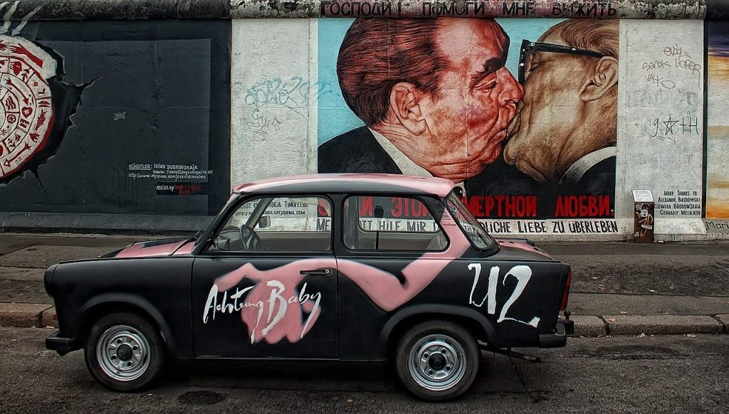 The famous kissing art of Berlin Wall